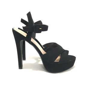 Shoes - BLACK PLATFORMS HEELS